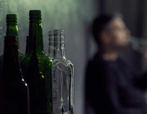 Giving a shot of ketamine could help heavy drinkers reduce alcohol intake