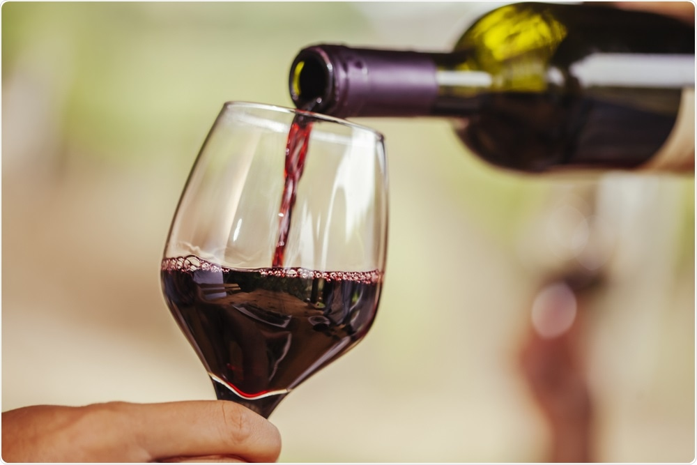 Bottle of wine equivalent to smoking 10 cigarettes