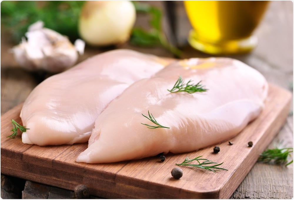The Centers for Disease Control and Prevention (CDC) have issued another warning against washing raw chicken before cooking.