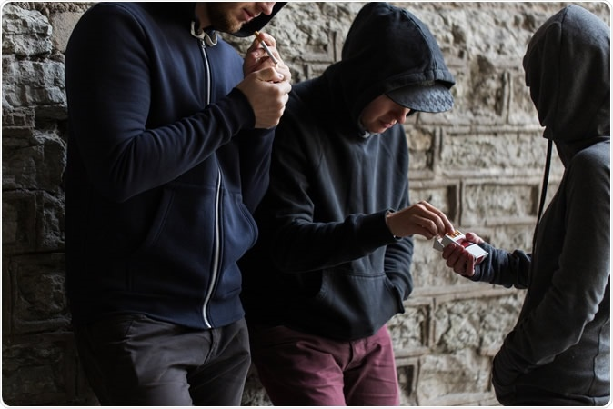 Study: Childhood/Adolescent Smoking and Adult Smoking and Cessation: The International Childhood Cardiovascular Cohort (i3C) Consortium. Image Credit: Syda Productions / Shutterstock