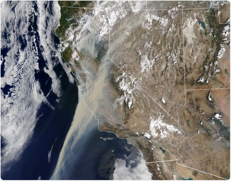 Smoke from wildfires obscures the California sky on Aug. 19, 2020. Lauren Dauphin/NASA Earth Observatory