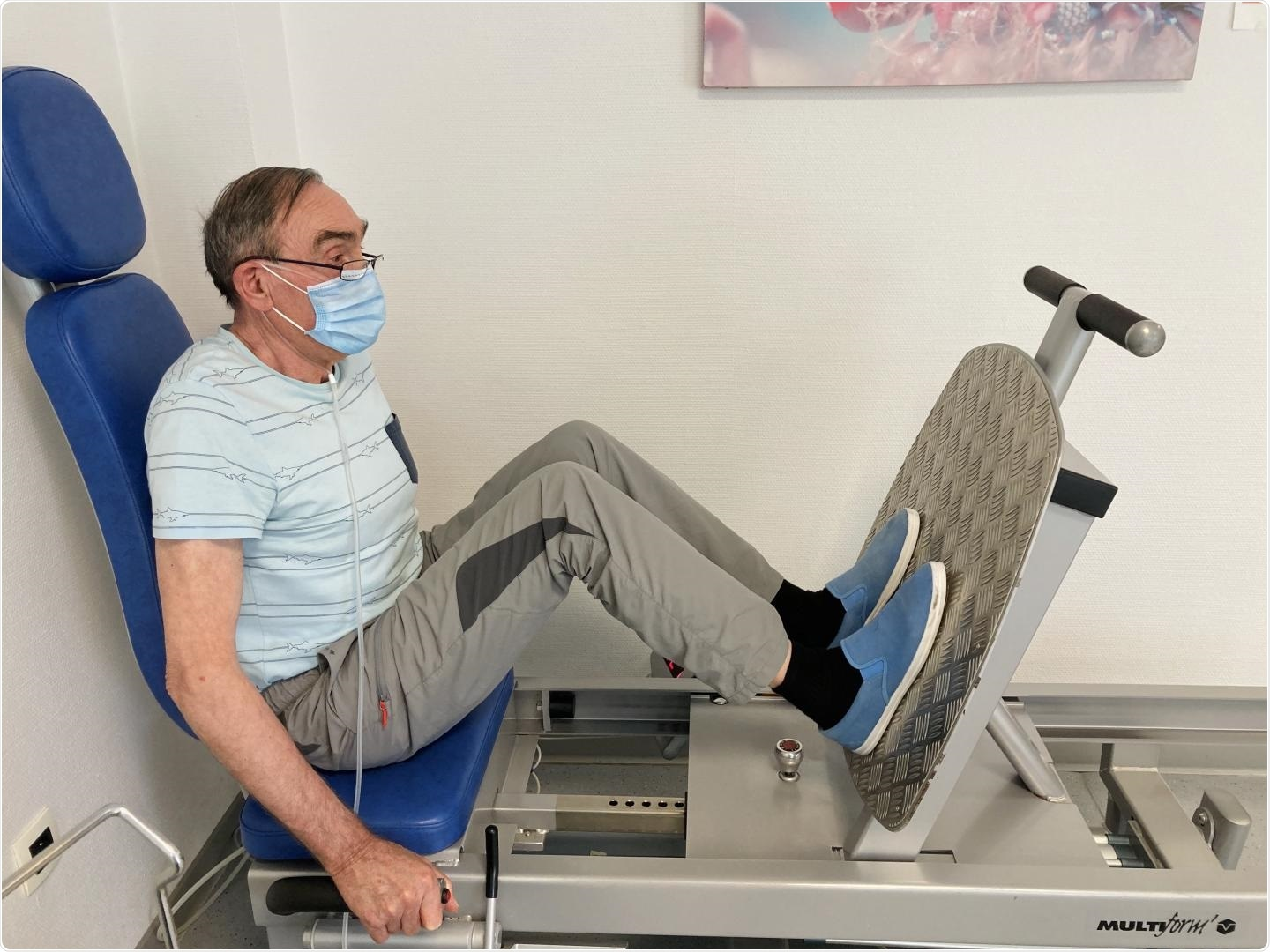 COVID-19 patient undergoing muscle training for rehabilitation. Image Credit: Pulmonary rehabilitation centre Dieulefit Santé