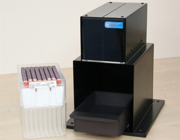 Photo of 2D-barcoded NMR tube scanner