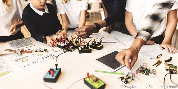 Children electronics experiment